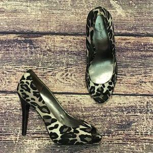 Nine West Leopard Liatri Heels Sz 8